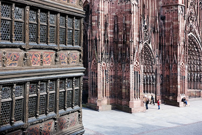Strasbourg Cathedral/ Strasbourgi katedraal,  http://en.wikipedia.org/wiki/Strasbourg_Cathedral