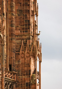 Strasbourg Cathedral/ Strasbourgi katedraal,  http://en.wikipedia.org/wiki/Strasbourg_Cathedral                                                       http://en.wikipedia.org/wiki/Strasbourg_Cathedral