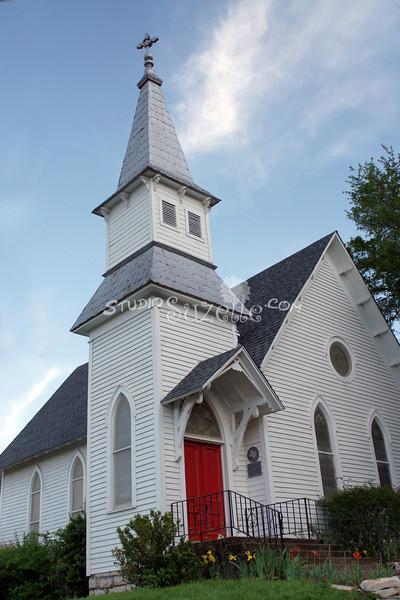 2010, 04-17 Church (102)