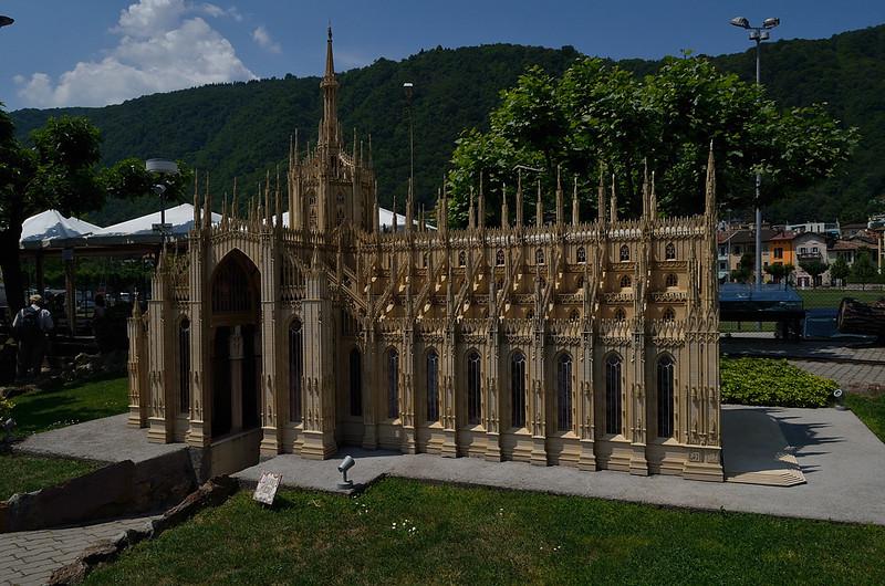 model katedrály v Miláně, jediný model v Swiss Miniature, který se nenachází na území Švýcarska