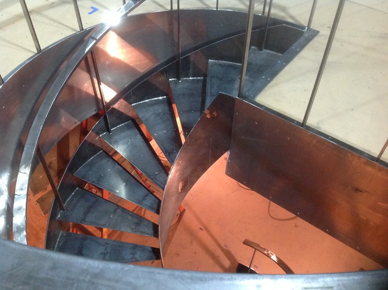 Spiral Staircase in Captain's Quarters, Orville, Season 1