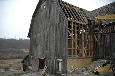 the restoration of the big r barn