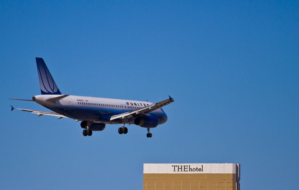United Airlines headed to Las Vegas, Las Vegas, NV