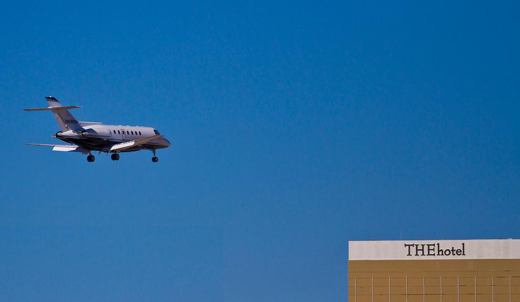 Private jet makes a landing in Vegas.  Las Vegas, NV