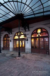 Palatul Sutu - intrarea