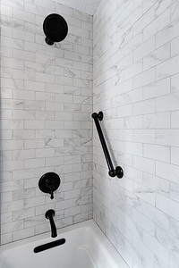 Wadsworth-Bathrooms-0013