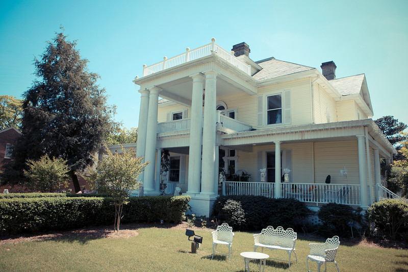 The Wagner House in Clayton is  a great place for a Wedding.