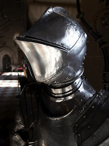 Inside the castle, there were many exhibits of armor and weapons - arranged as they would have been displayed in the castle in the 14th-16th centuries when the castle provided fortification and not so much a residence. Many of these suits of armor and weapons were real - actual pieces that were restored.