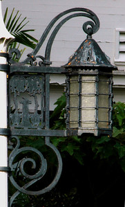 Washington Place    Ornate lamppost Honolulu, O'ahu, Hawai'i