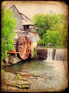 Olde Mill in Pigeon Forge TN 04/22/12