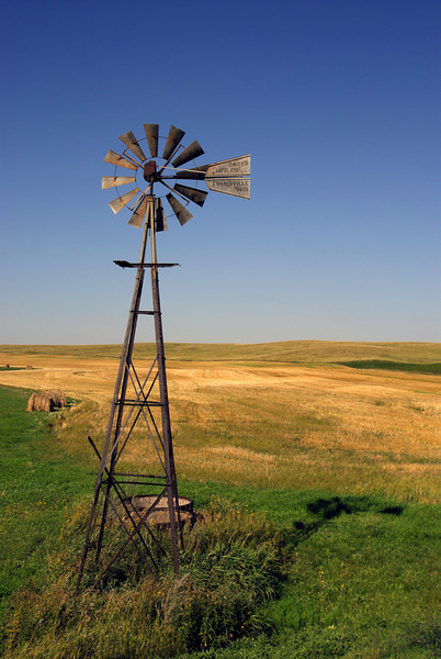 North Dakota Windmill - 01