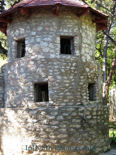 0012 Austin window