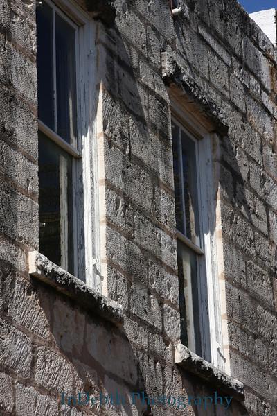 0104 Fredricksburg window