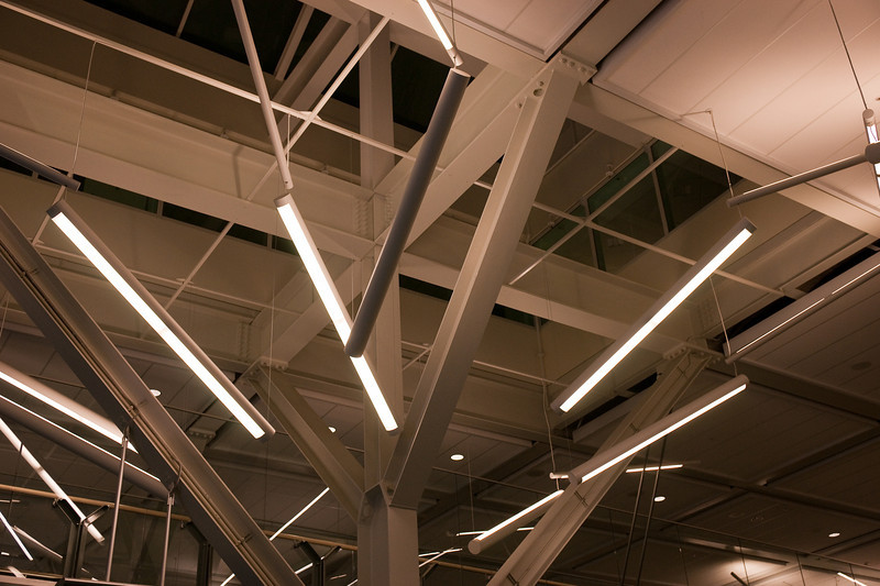 Detail of the lighting and ceiling pillar in the Link building.