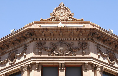 Opened in 1910, this beautiful Renaissance Revival building was originally the Yokohama Specie Bank, but is now office space at the corner of Merchant and Bethel in downtown Honolulu  Ornate Details