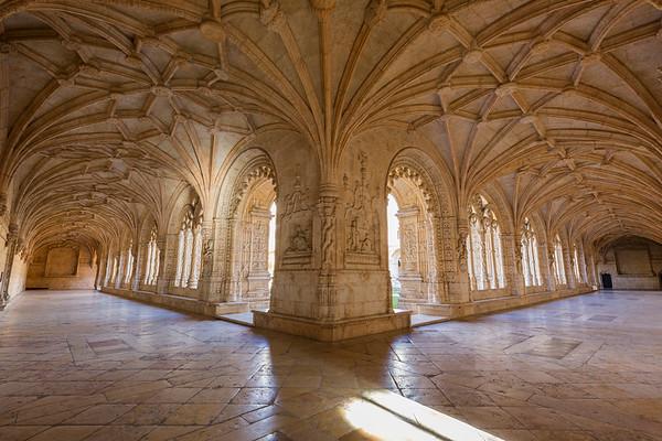 Cloister at the Mosteiro dos Jeronimos in Lisbon