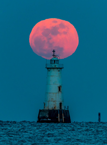 Full Moon Above Great Beds Lighthouse 2/10/17