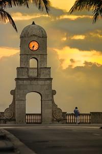 Worth Avenue Clock
