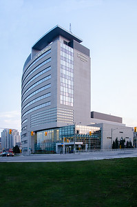 University of Ottawa Desmarais Building