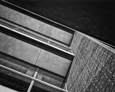Overhang Perspective, 70 Blanchard, mono