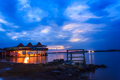 Restaurant on Lake Victoria