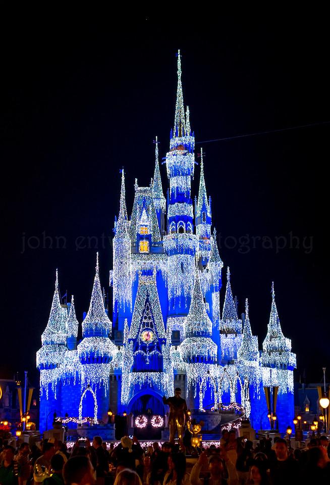 Christmastime at Walt Disney World 11/16/17