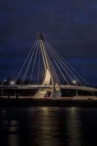 Pedestrian Bridge / Passerelle pour piéton