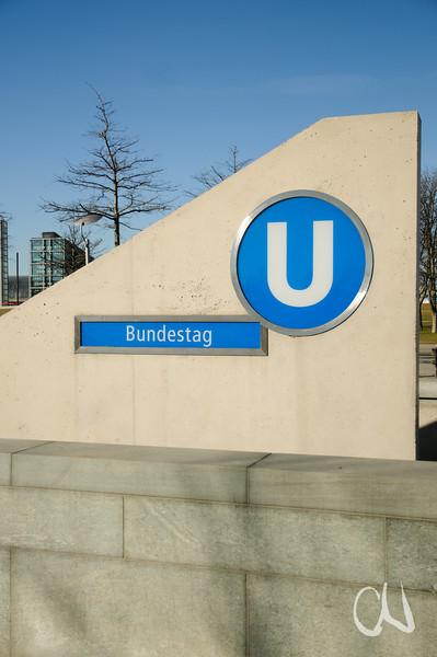 U-Bahn Bundestag Berlin