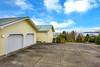 view fr driveway