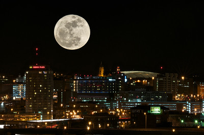 3-19-2011 - Super Moon over Syracuse