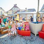 Kinderflohmarkt 2016 am Hauptplatz in Melk.<br /> Foto: Stadt Melk / Gleiß