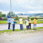 ORF-Dreh für die ZIB2 am Montag, 22. August: Unkraut wird neben der Fahrbahn gezupft.
