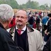 Bahnwelttage 2010 im Eisenbahnmuseum Darmstadt-Kranichstein. Der Darmstädter Oberbürgermeister Walter Hoffmann (rechts) im Gespräch mit Dieter Wahl (Vorstand Stiftung Bahnwelt Kranichstein) am 13. Mai 2010