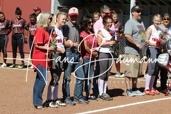 V Softball Sparks @ Truckee