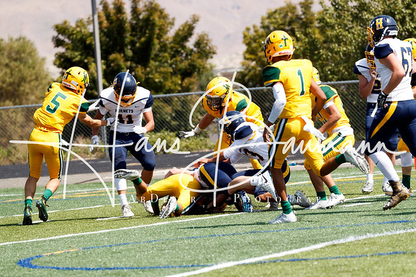Football  Henley (Or) @ Bishop Manogue V