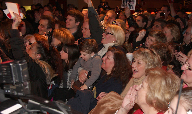 The audience welcoming Scott Brown to the Kowloon in Saugus on Saturday