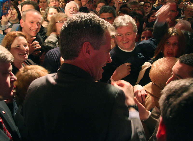 After making a few remarks, Scott Brown left the stage and shook hands and signed autographs.
