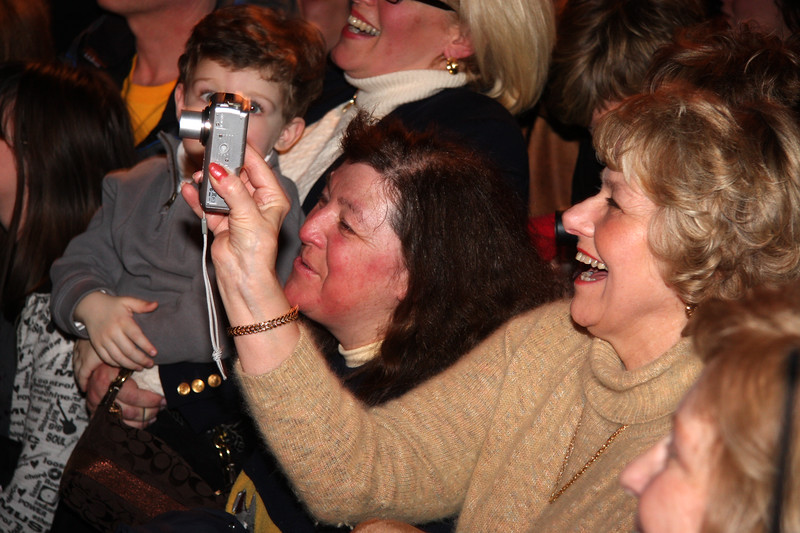 The audience Listening to Scott Brown at the Kowloon in Saugus on Saturday.