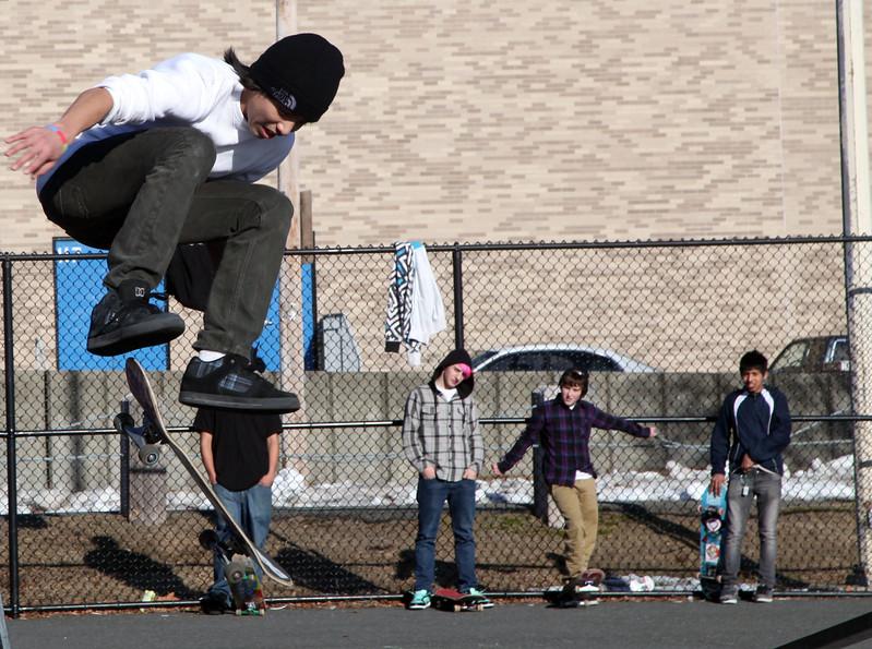 Edgar Zavala skates at the Lynn skate park on Neptune Blvd Sunday February 21, 2010. Item Photo/Reba M. Saldanha