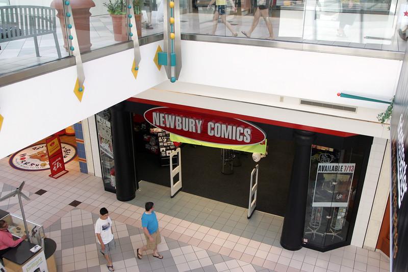 Newbury Comics at Square One Mall in Saugus Saturday July 17, 2010. Item Photo/ reba M. Saldanha