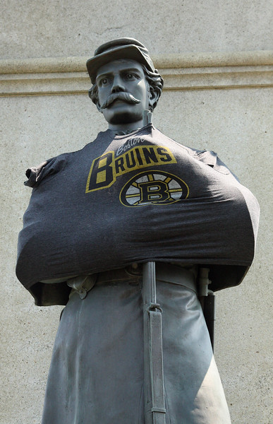Statue on Saugus rotary.