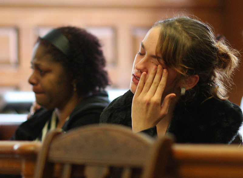 Members of the audience when the victim's name was mentioned.