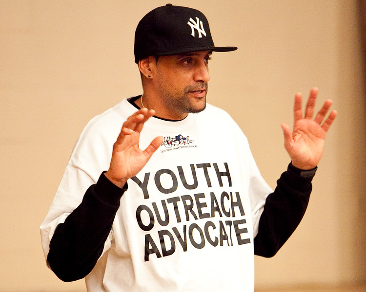Antonio Gutierrez, a Youth Outreach Advocate with Lynn Youth Street Outreach Advocacy, speaks at the Youth Forum at Temple Ahabat Shalom in Lynn on Thursday, March 15. Item Photo / Angela Owens.