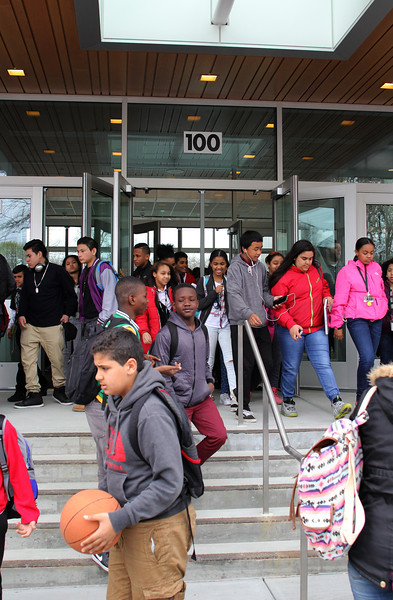 Marshall Middle School students leaving their new school at the end of day one. Photo by Owen O'Rourke