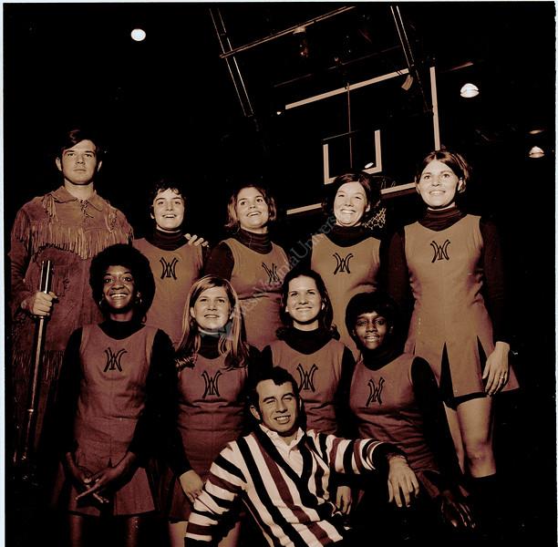ARa1981-cheerleaders and referee