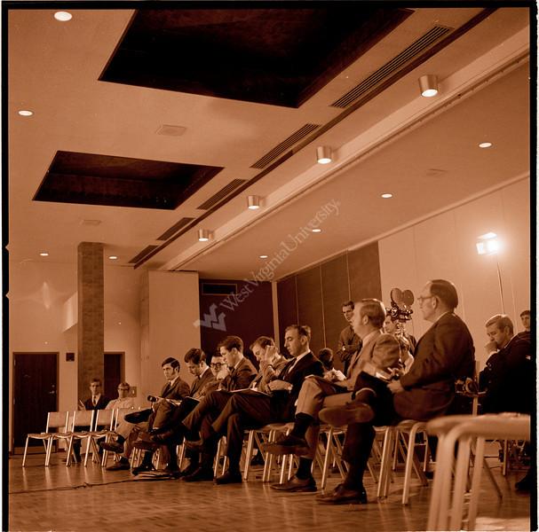 ARa2161-audience