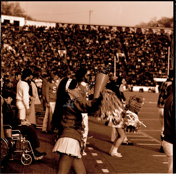 ARa2726-cheerleaders 3 copy