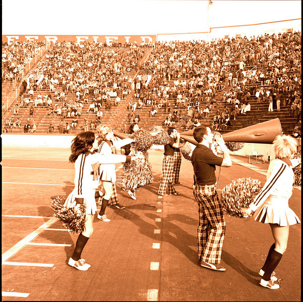 ARa3127-cheerleaders 16