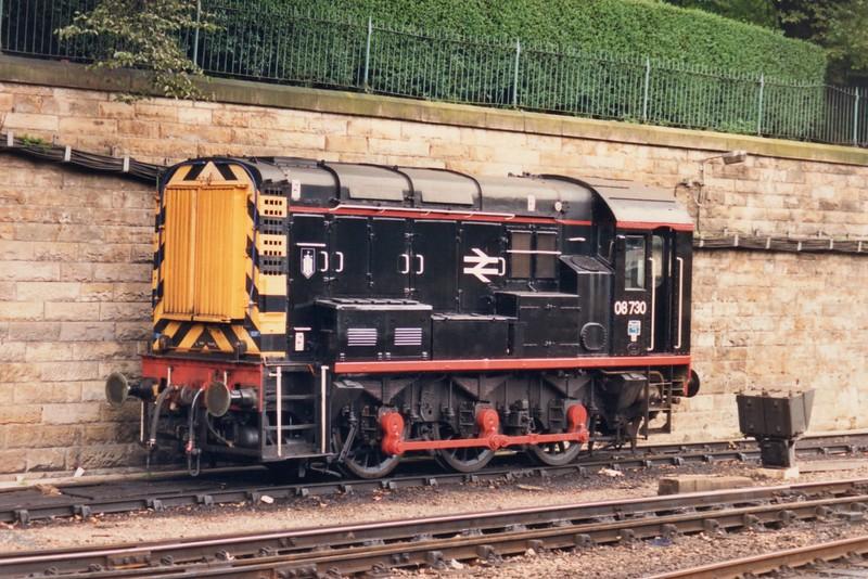 Black Liveried Class 08 Shunter