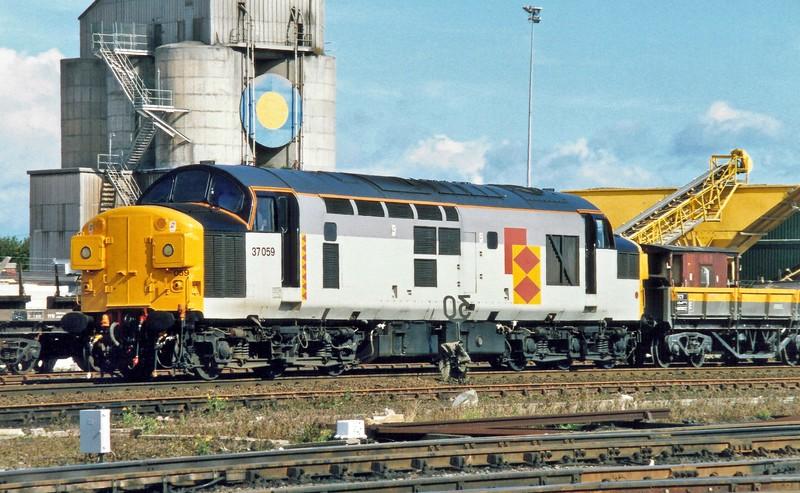 Class 37 At Heaton
